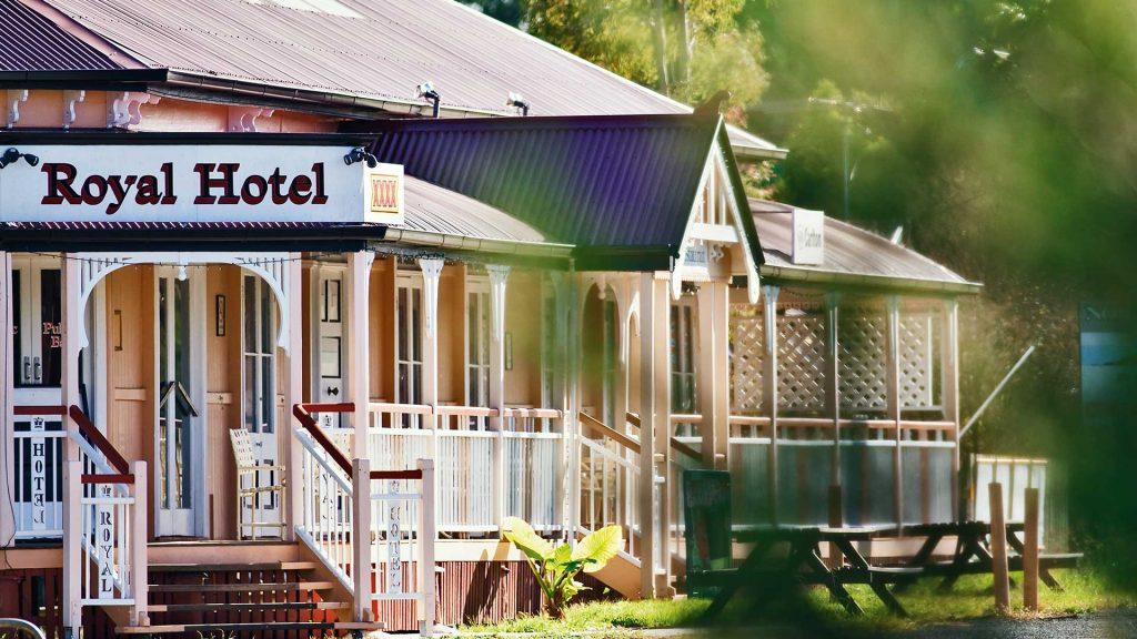 Royal_Hotel_Harrisville