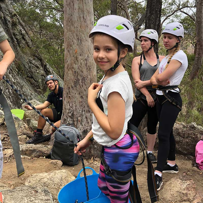 mt-barney-lodge-school-holiday-rockclimbing
