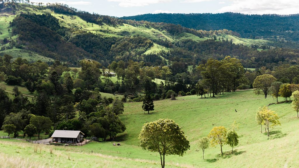 country-mile-escape-destination-scenic-rim-accommodation